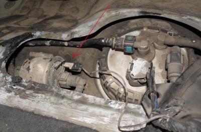 Замена топливного фильтра на Hyundai Accent